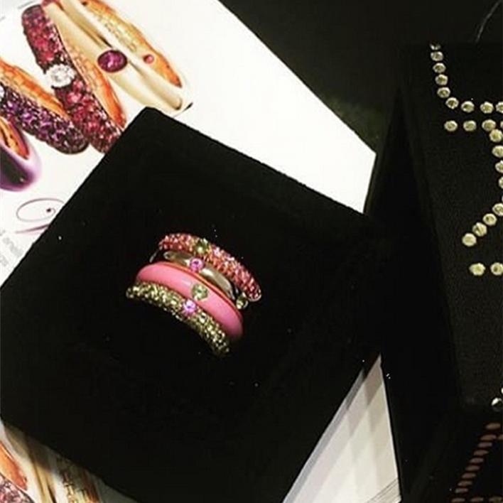 Jewels - Adolfo Courier 3