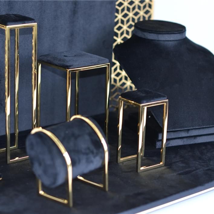 Set de prèsentoires pour bijouteries - DSC 0091
