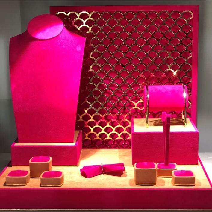 Vitrines pour bijouteries - IMG 2079 (2)