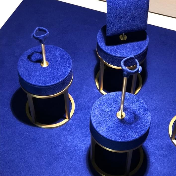 Présentoirs à bijoux - IMG 6880