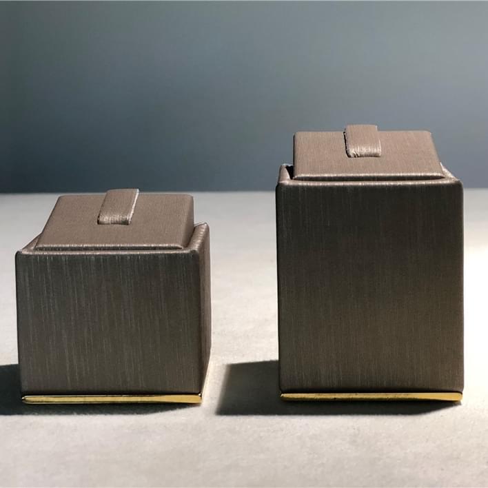 Set de prèsentoires pour bijouteries - IMG 7098