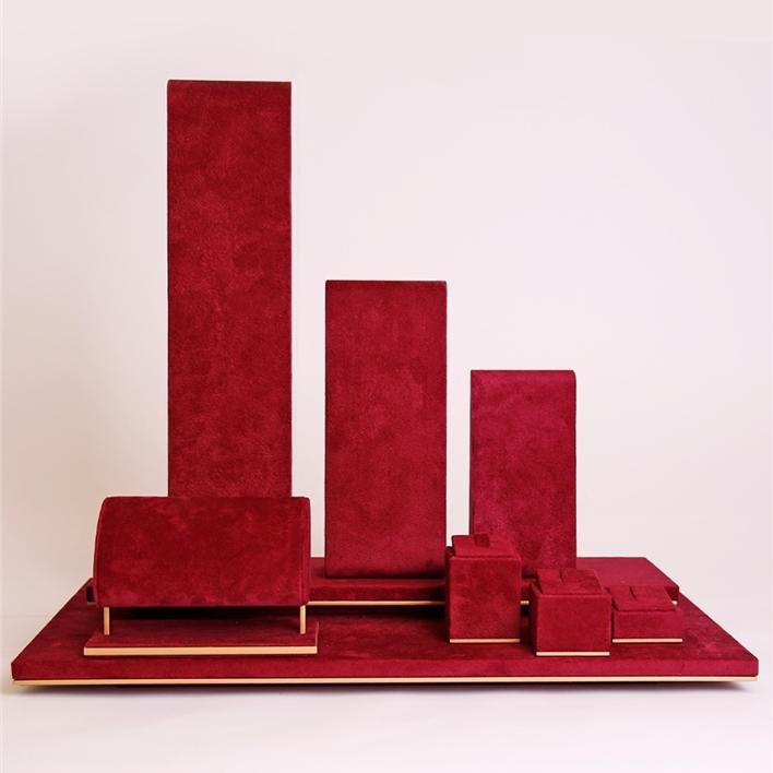 Displays set & Exhibitors -  MGM0076